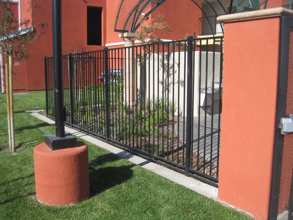 Commercial security fence Sacramento